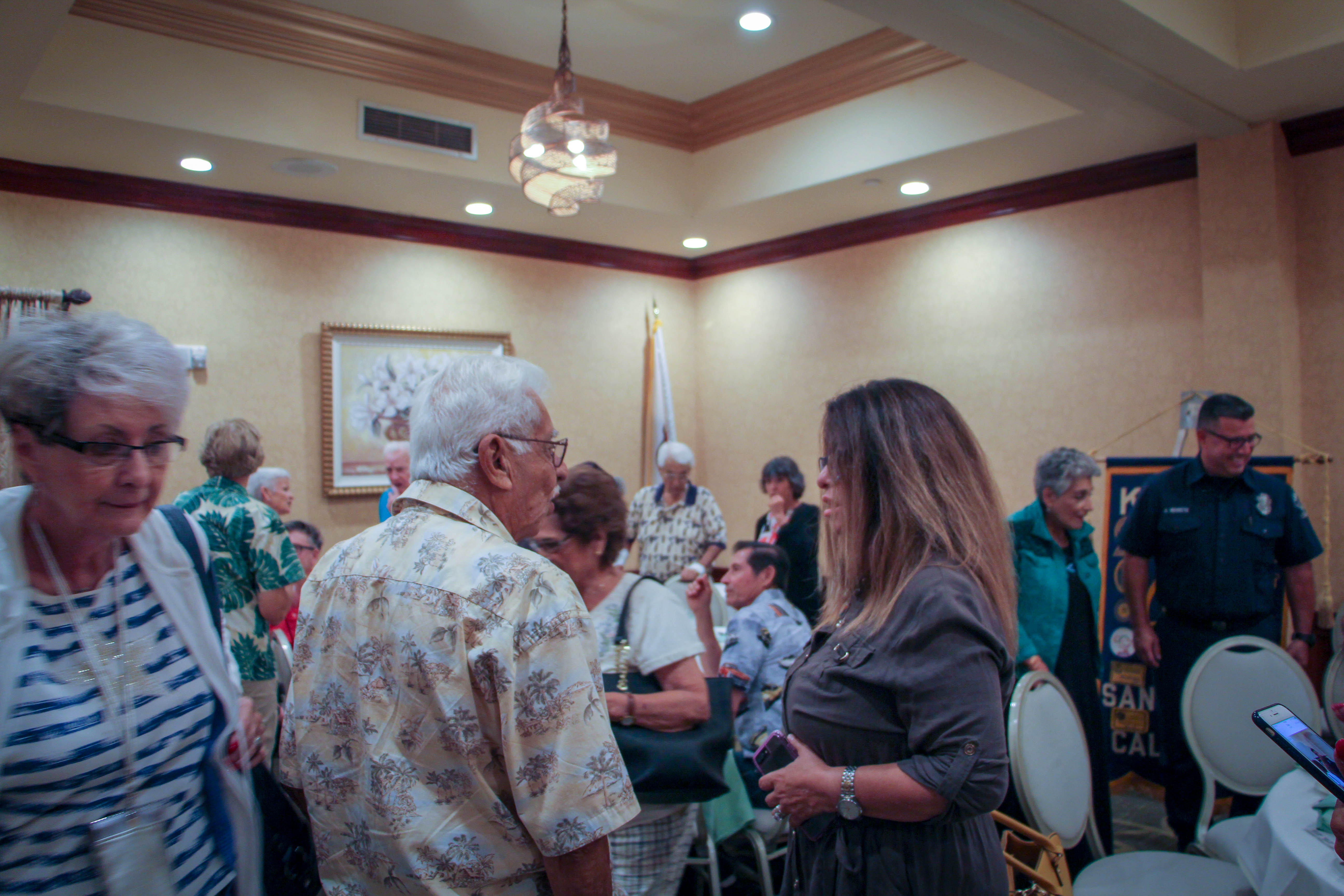 The crowd after lunching at the San Gabriel Hilton.
